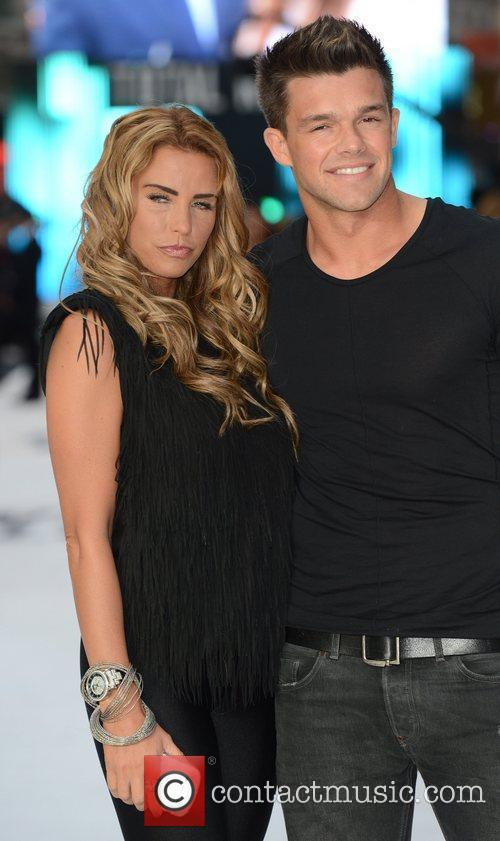 katie price and leandro penna london premiere 5894598