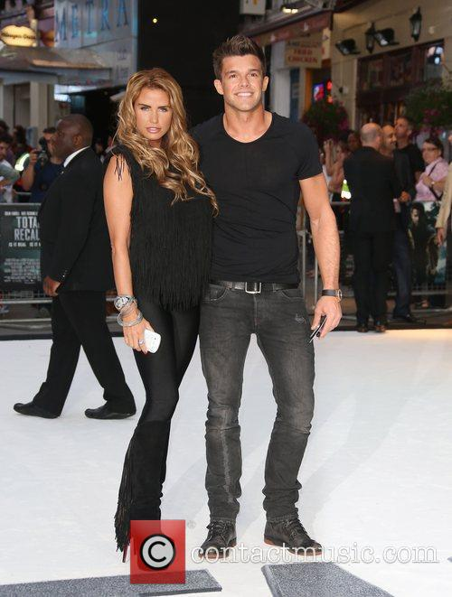katie price and leandro penna london premiere 5894735