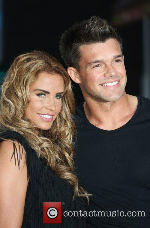 katie price and leandro penna london premiere 5894737
