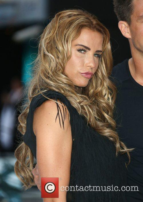 katie price london premiere of total recall 5894738