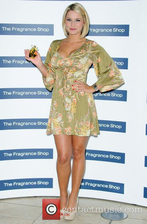 Sam Faiers and Bluewater 10