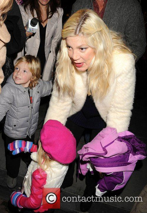 Tori Spelling, family  Disney On Ice presents...