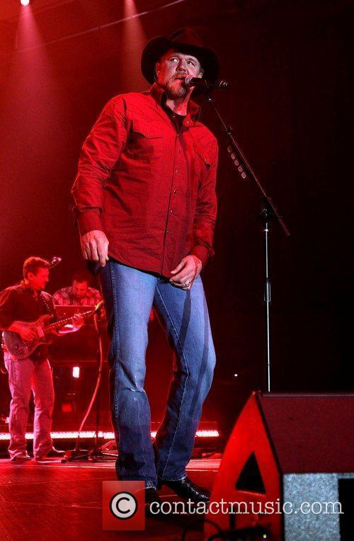 Trace Adkins 4