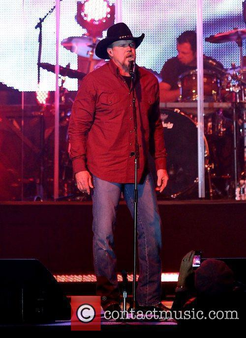 Trace Adkins 10