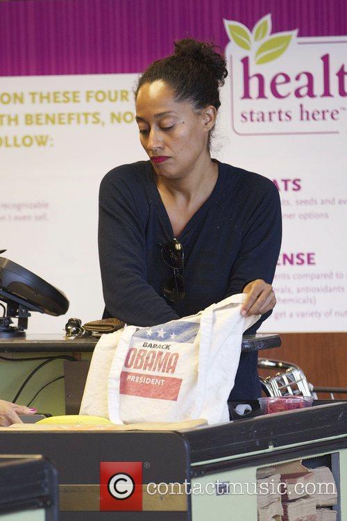 Tracee Ellis Ross packing her groceries in Barak...