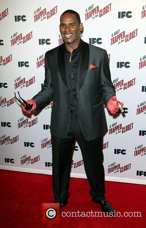 R. Kelly,  at the screening  of...