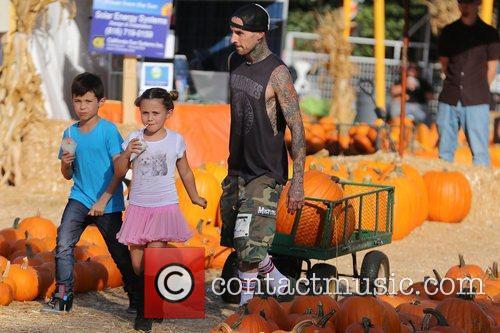 travis barker seen with his children landon 5935671