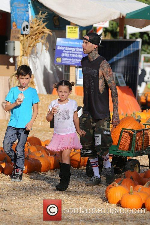 travis barker seen with his children landon 5935673