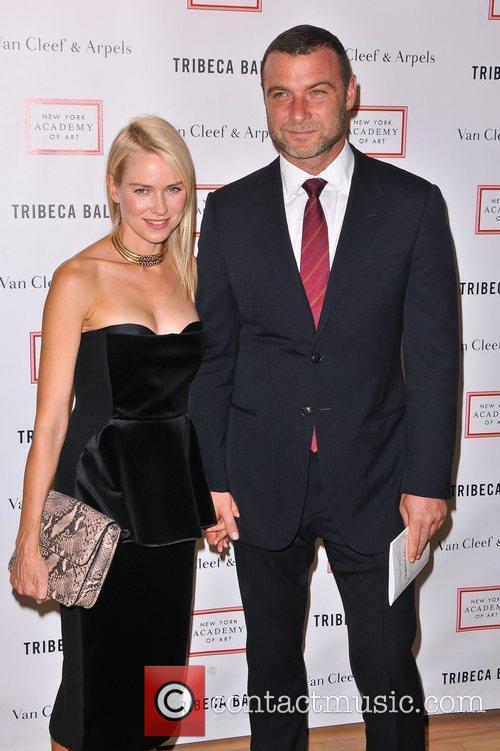 Naomi Watts and Liev Schrieber 4
