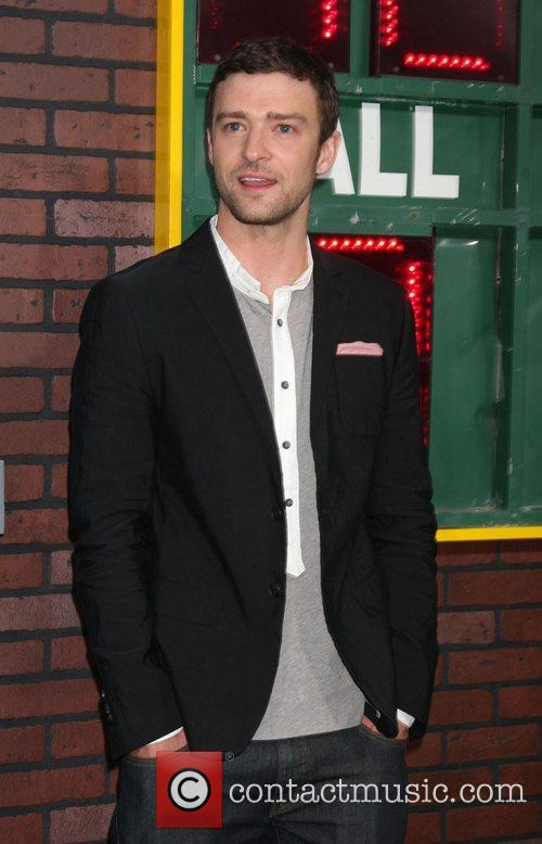 justin timberlake the world premiere of trouble 4089556