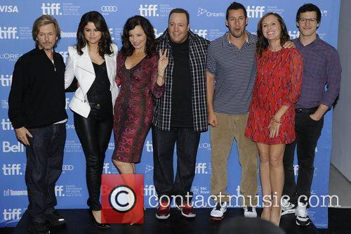 David Spade, Adam Sandler, Andy Samberg, Fran Drescher, Kevin James, Molly Shannon and Selena Gomez 2