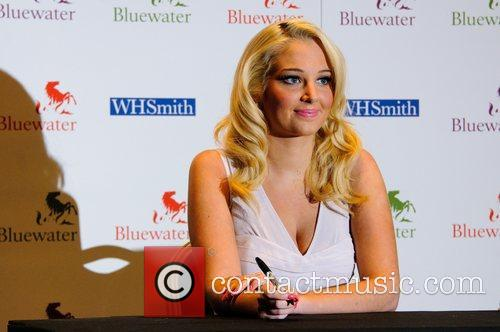 Tulisa Contostavlos and Bluewater 15