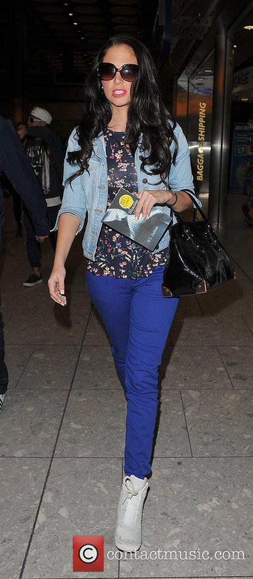 tulisa contostavlos arriving at heathrow airport on 3894488