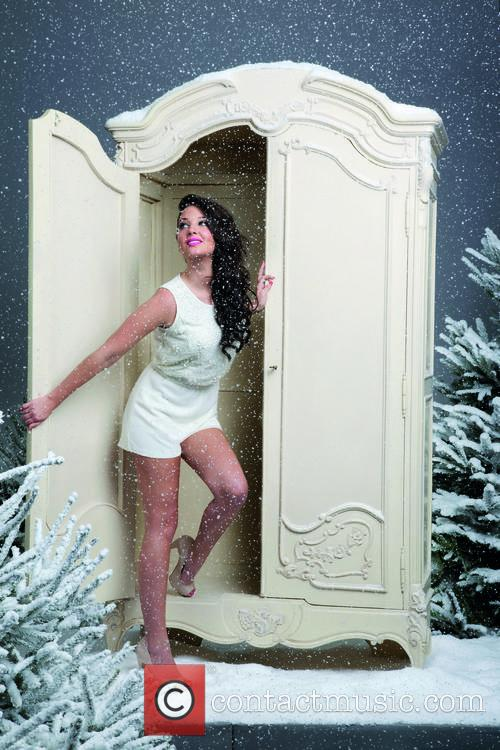 tulisa contostavlos appears in bank fashions christmas 20005588
