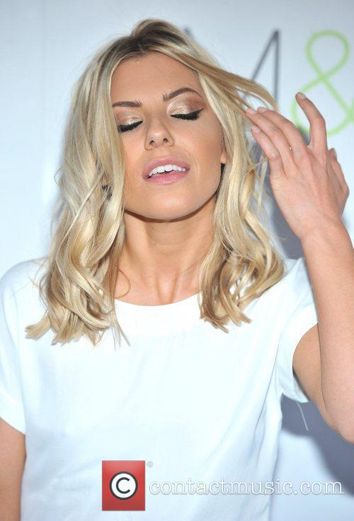 Mollie King - Wallpaper Actress