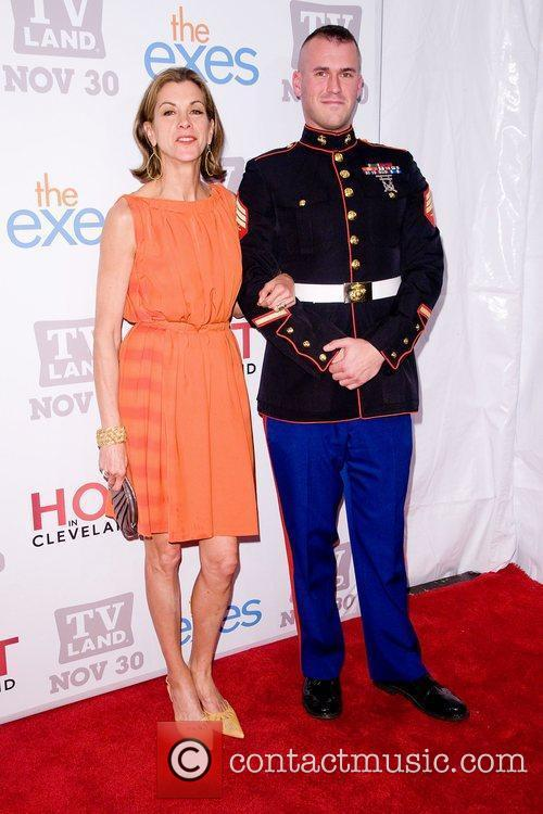 Wendie Malick and Staff Sgt Eric Worth TV...