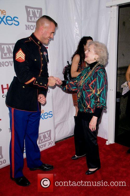 Betty White and Guest TV Land holiday premiere...