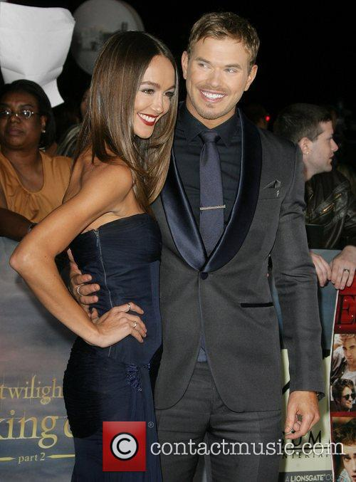 Sharni Vinson and Kellan Lutz 5
