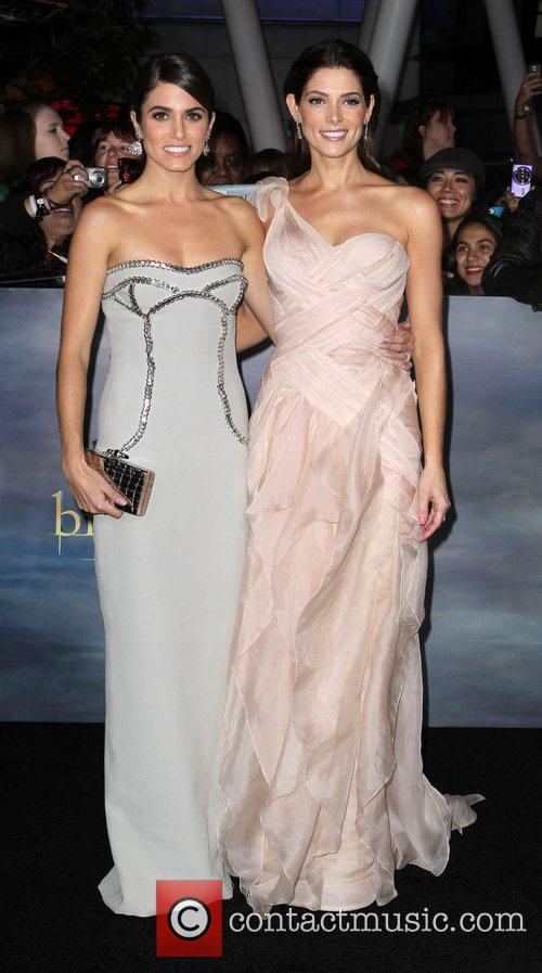 Nikki Reed and Ashley Greene 3