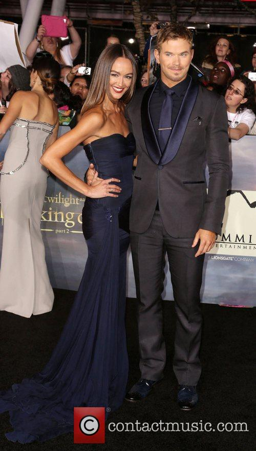 Sharni Vinson and Kellan Lutz 9