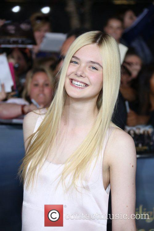 Actress Elle Fanning 3