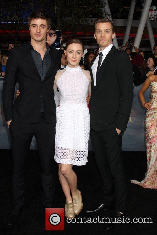 Max Irons, Saoirse Ronan and Jake Abel 1