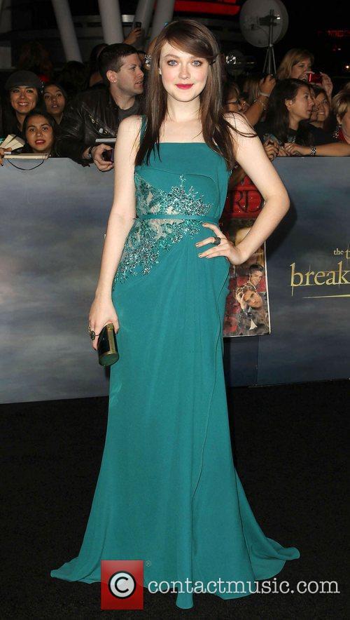 Dakota Fanning Breaking Dawn 2 Premiere