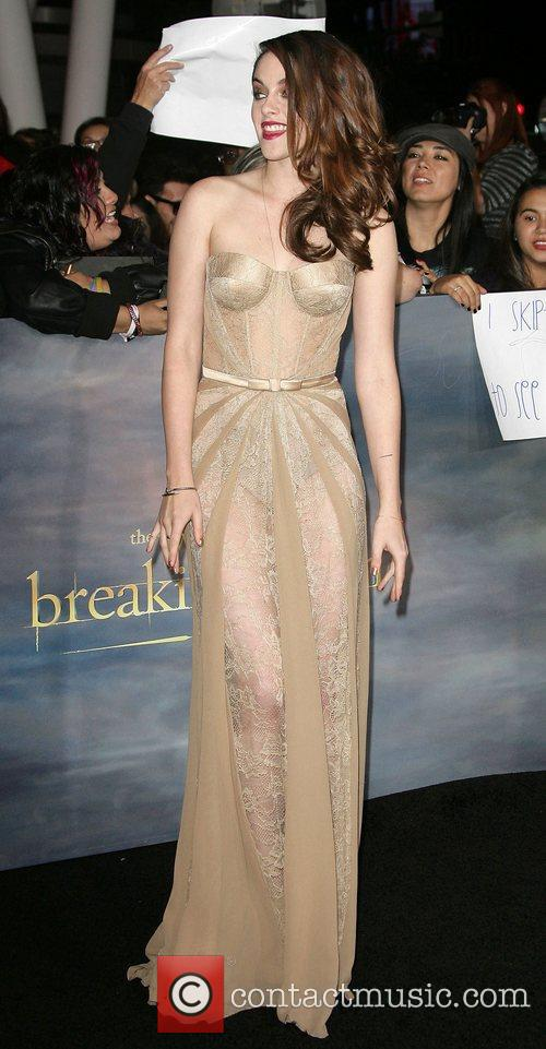Kristen Stewart Premiere Twilight Saga Breaking Dawn Part 2