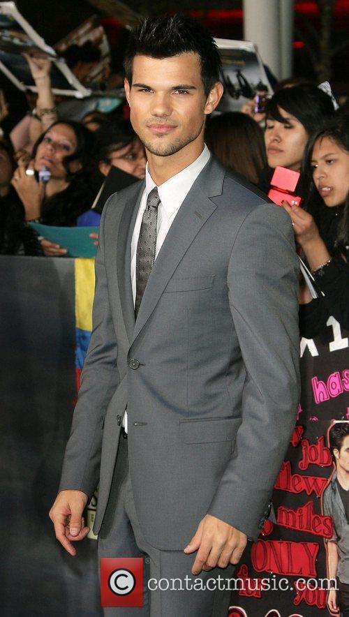 Taylor Lautner Breaking Dawn 2 Premiere