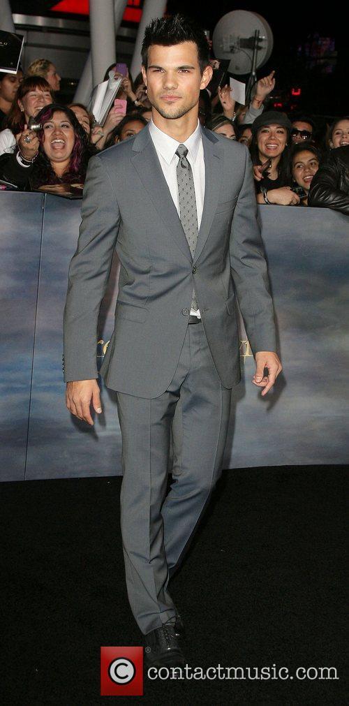 Taylor Lautner 10