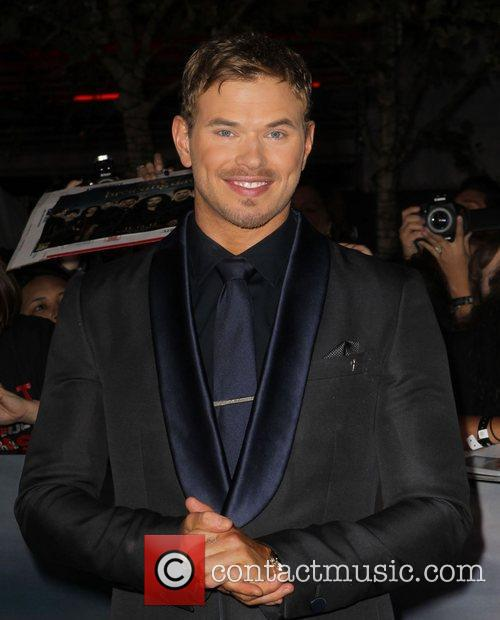 kellan lutz at the premiere of the 4172087