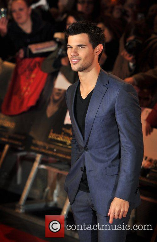 Taylor Lautner The Twilight Saga: Breaking Dawn 2...