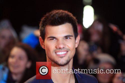 Taylor Lautner The Twilight Saga Breaking Dawn Part...