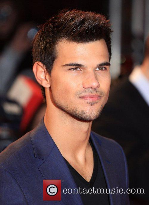 Taylor Lautner 1