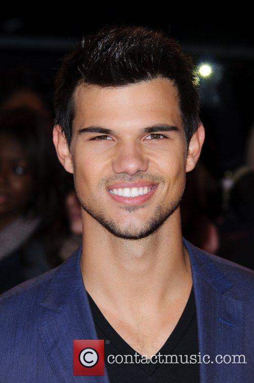 Taylor Lautner London Breaking Dawn - Part 2 Premiere