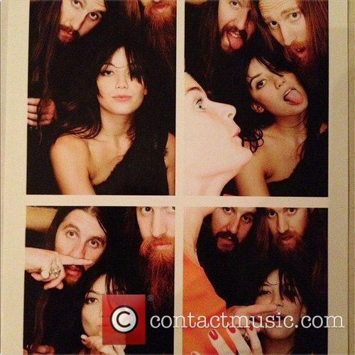 Daisy Lowe posted this image to twitter with...
