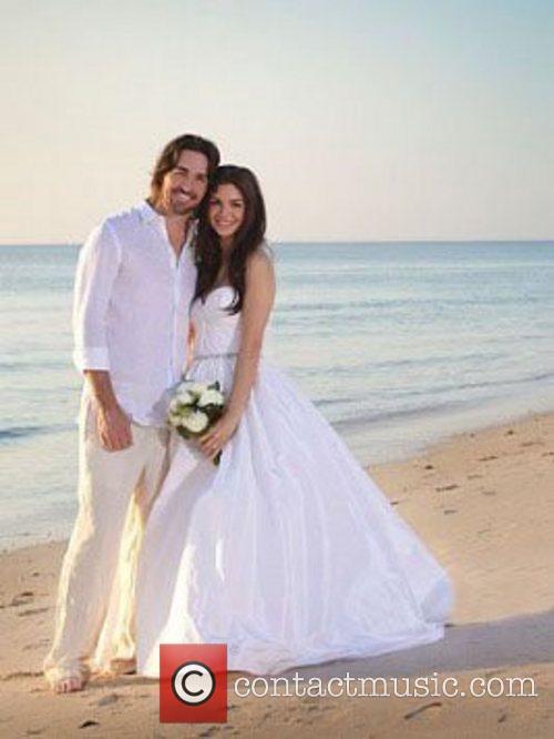 jake owen weds a month after engagement 3867065
