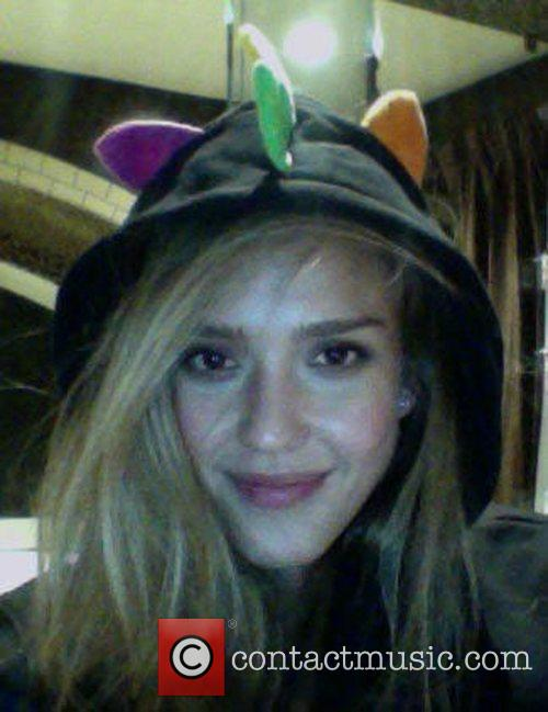 jessica alba has posted this image of 4088029