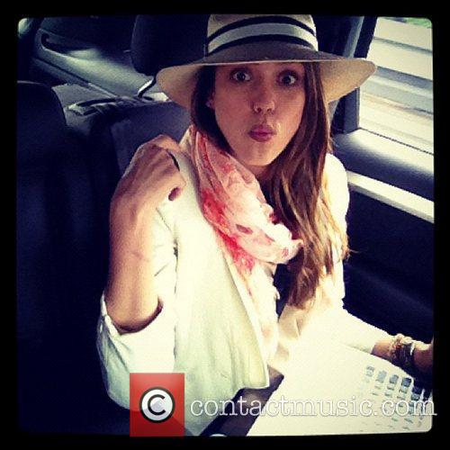 Jessica Alba tweets this pic with the caption,...