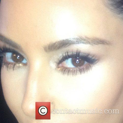 Kim Kardashian posted this picture on Twitter with...