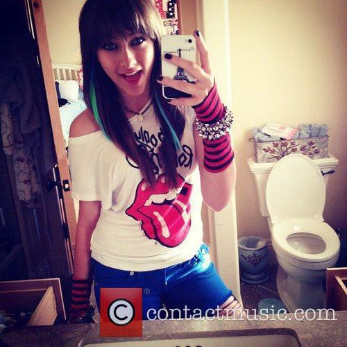 Paris Jackson tweeted this image of herself wearing...