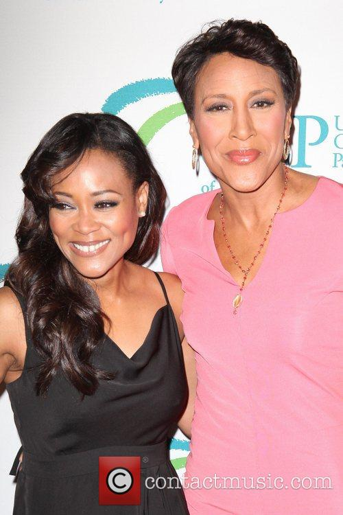 Robin Givens and Robin Roberts 5