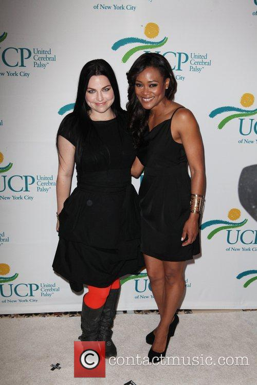 Amy Lee and Robin Givens 1