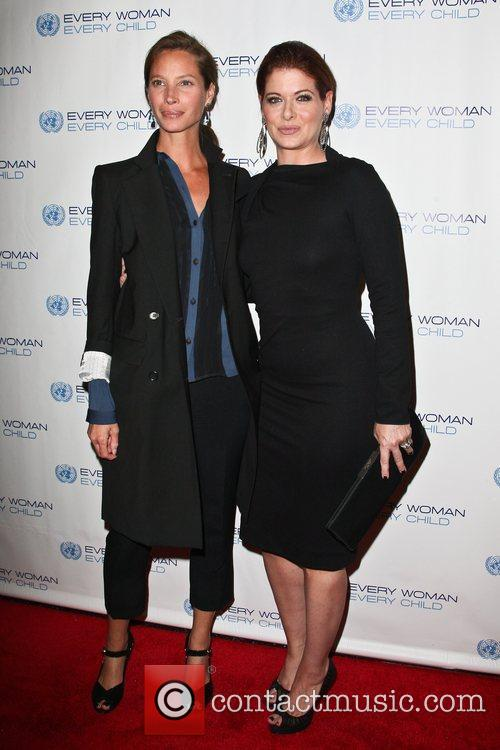 Christy Turlington and Debra Messing 4