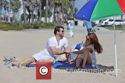 una healy of the saturdays and husband 5930536
