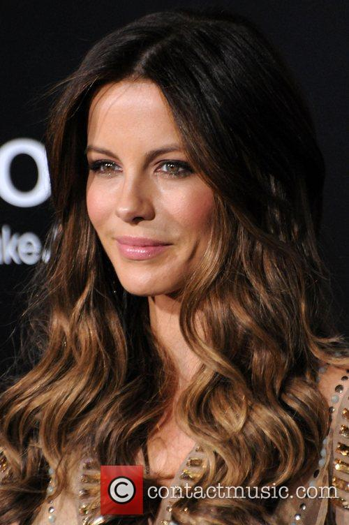 Kate Beckinsale and Grauman's Chinese Theatre 5