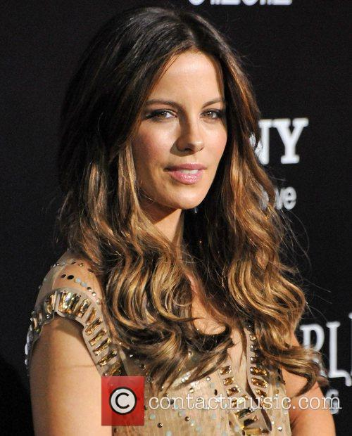 Kate Beckinsale and Grauman's Chinese Theatre 10