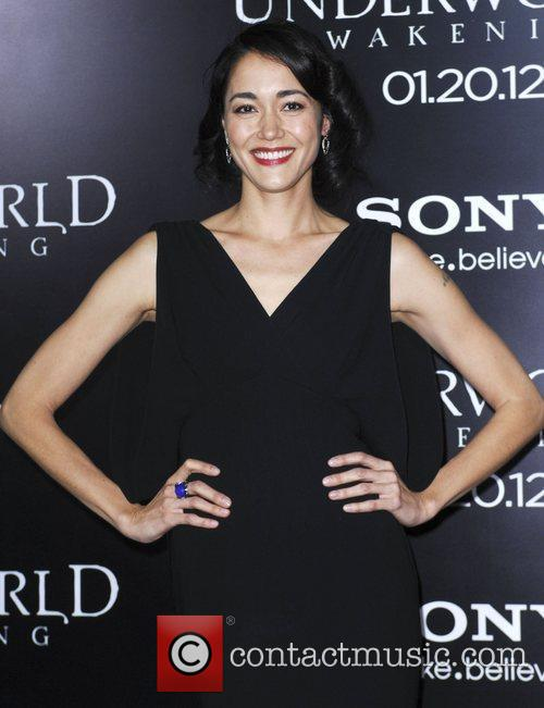 Sandrine Holt and Grauman's Chinese Theatre 4
