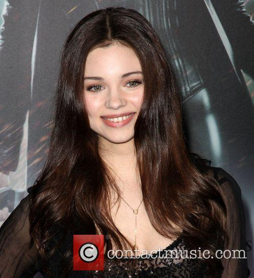 India Eisley and Grauman's Chinese Theatre 4