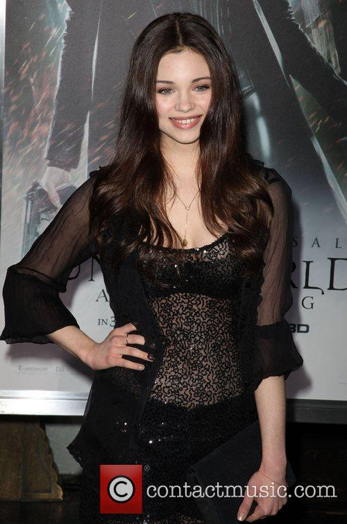India Eisley and Grauman's Chinese Theatre 9